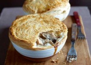 Turkey and mushroom pie
